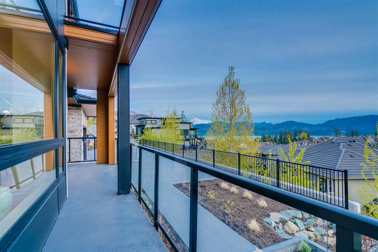 """Photo 18: Photos: A 2640 LARKSPUR Court in Abbotsford: Abbotsford East House for sale in """"EAGLE MOUNTAIN"""" : MLS®# R2360982"""