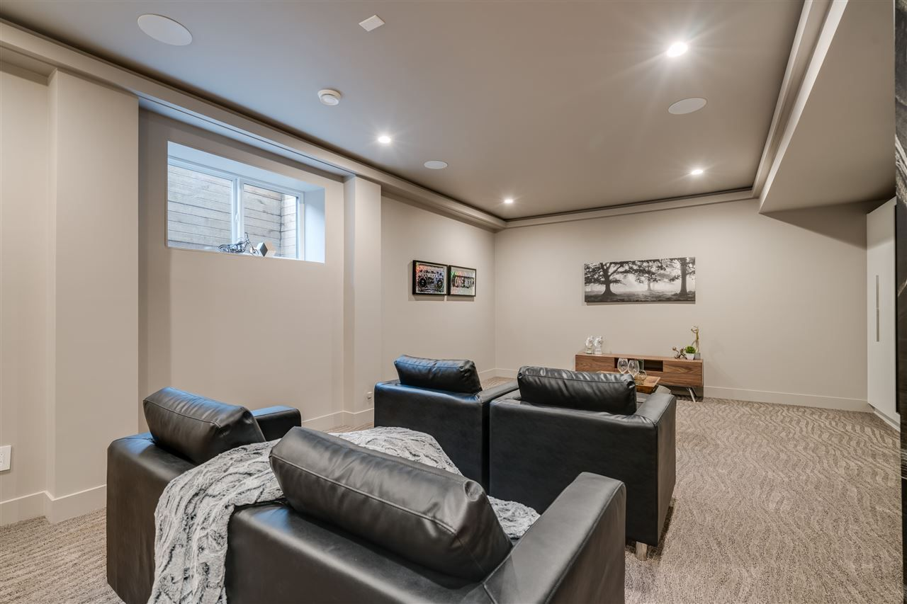 """Photo 15: Photos: A 2640 LARKSPUR Court in Abbotsford: Abbotsford East House for sale in """"EAGLE MOUNTAIN"""" : MLS®# R2360982"""