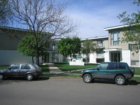 Main Photo: 49 Ste Apartment Complex - 27 Two Bedroom Stes!