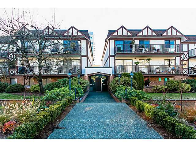 Main Photo: 303 131 W 4TH Street in North Vancouver: Lower Lonsdale Condo for sale : MLS®# V1038267