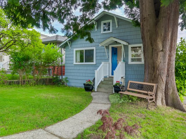 Main Photo: 2920 E 7TH Avenue in Vancouver: Renfrew VE House for sale (Vancouver East)  : MLS®# V1123245