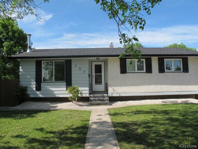 Main Photo:  in WINNIPEG: Charleswood Residential for sale (South Winnipeg)  : MLS®# 1515410