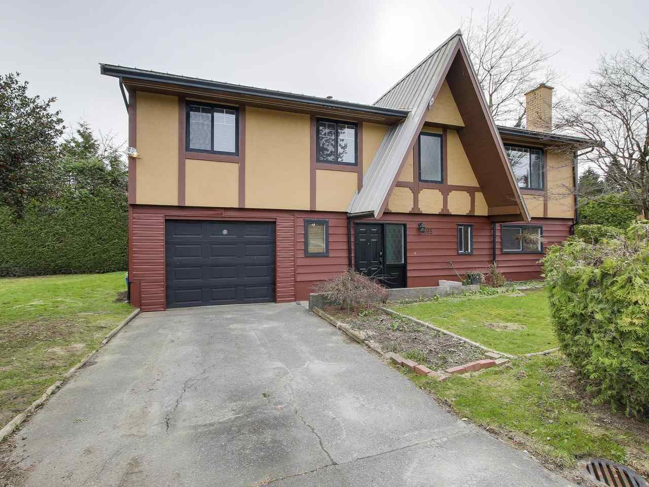 Main Photo: 695 EASTERBROOK Street in Coquitlam: Coquitlam West House for sale : MLS®# R2153171