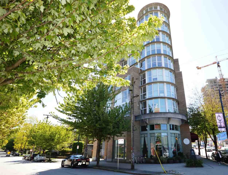 Main Photo: 415 288 E 8TH Avenue in Vancouver: Mount Pleasant VE Condo for sale (Vancouver East)  : MLS®# R2170623