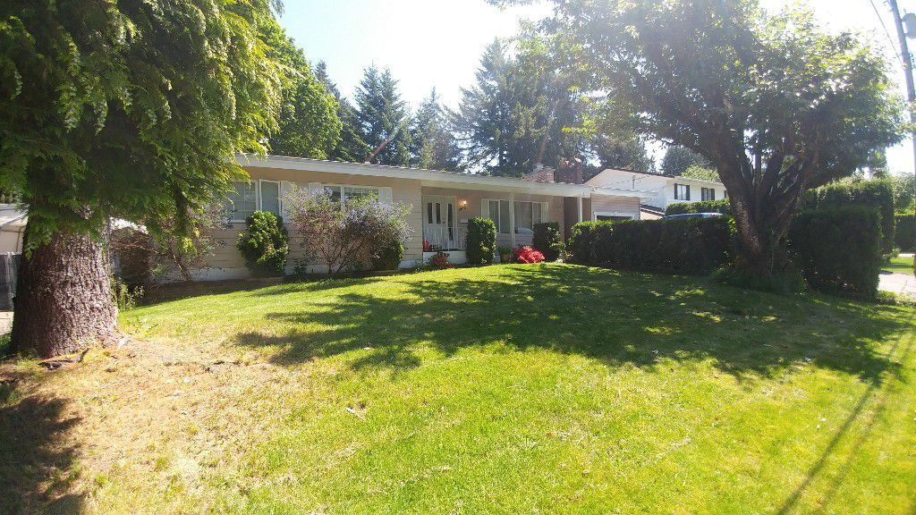 Main Photo: 1900 Eagle St in Abbotsford: Central Abbotsford House for rent