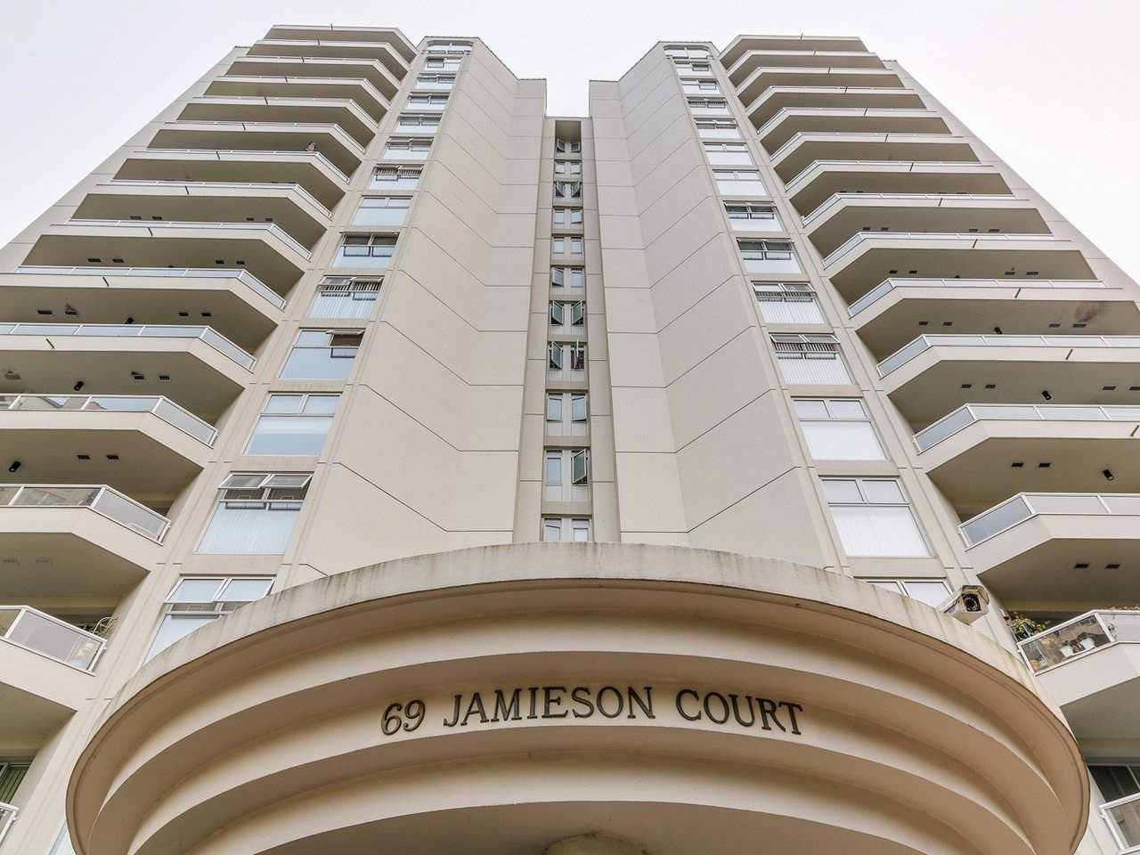 Main Photo: 1006 69 JAMIESON Court in New Westminster: Fraserview NW Condo for sale : MLS®# R2188345