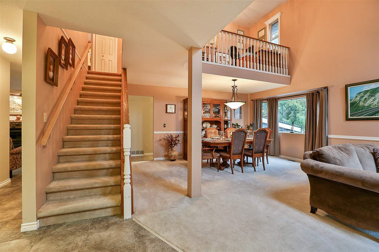 "Photo 2: Photos: 16263 NORTHGLEN Place in Surrey: Fraser Heights House for sale in ""Fraserglen"" (North Surrey)  : MLS®# R2230368"