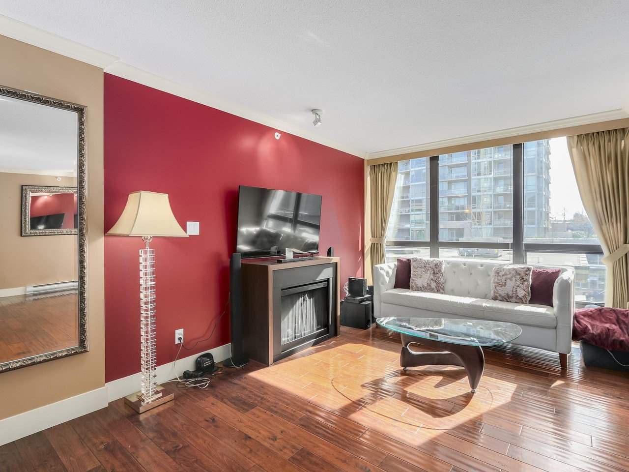 """Main Photo: 304 2959 GLEN Drive in Coquitlam: North Coquitlam Condo for sale in """"THE PARC"""" : MLS®# R2246472"""