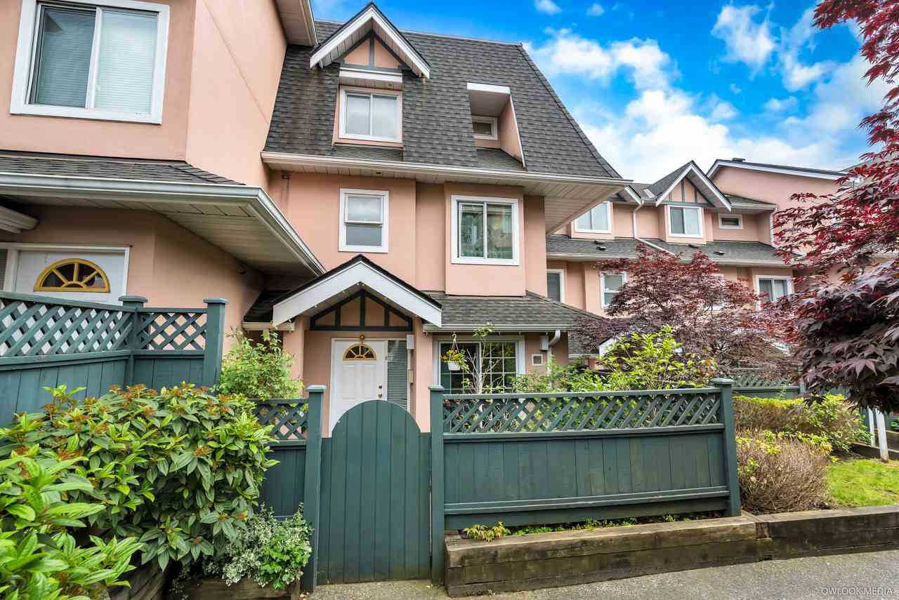 Main Photo: 8 7433 16TH Street in Burnaby: Edmonds BE Townhouse for sale (Burnaby East)  : MLS®# R2285858