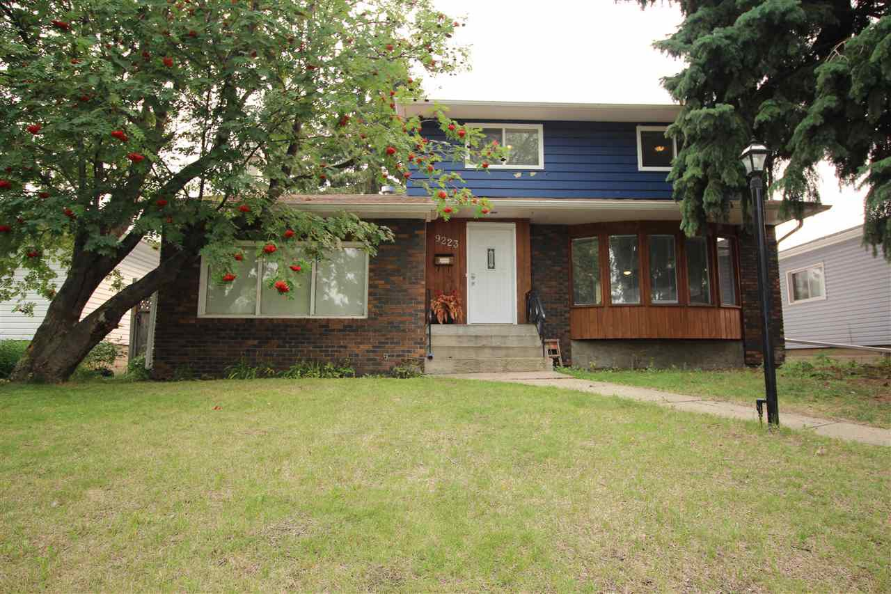 Main Photo: 9223 79 Street in Edmonton: Zone 18 House for sale : MLS®# E4129823