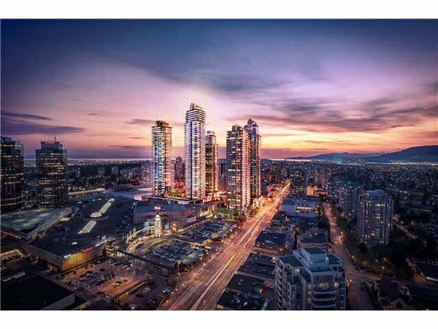 Main Photo: 4201 4670 ASSEMBLY Way in Burnaby: Metrotown Condo for sale (Burnaby South)  : MLS®# R2323865