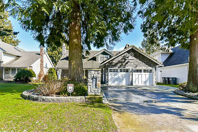 "Main Photo: 9814 157TH Street in Surrey: Guildford House for sale in ""Somerset Grove"" (North Surrey)  : MLS®# R2148561"