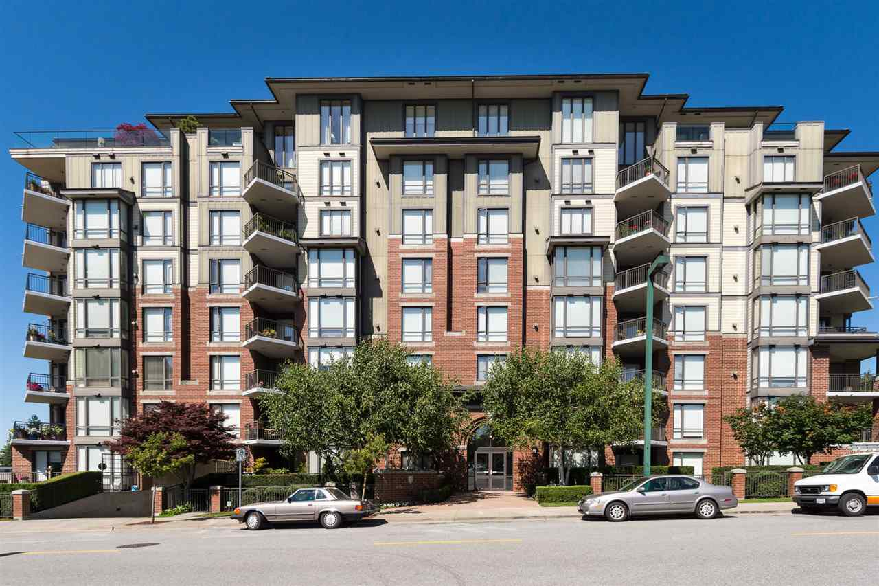 """Main Photo: 302 1551 FOSTER Street: White Rock Condo for sale in """"Sussex House"""" (South Surrey White Rock)  : MLS®# R2187639"""