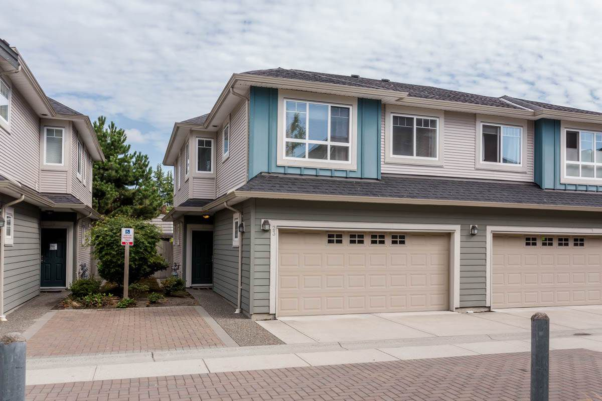 "Main Photo: 23 11393 STEVESTON Highway in Richmond: Ironwood Townhouse for sale in ""KINSBERRY"" : MLS®# R2197437"