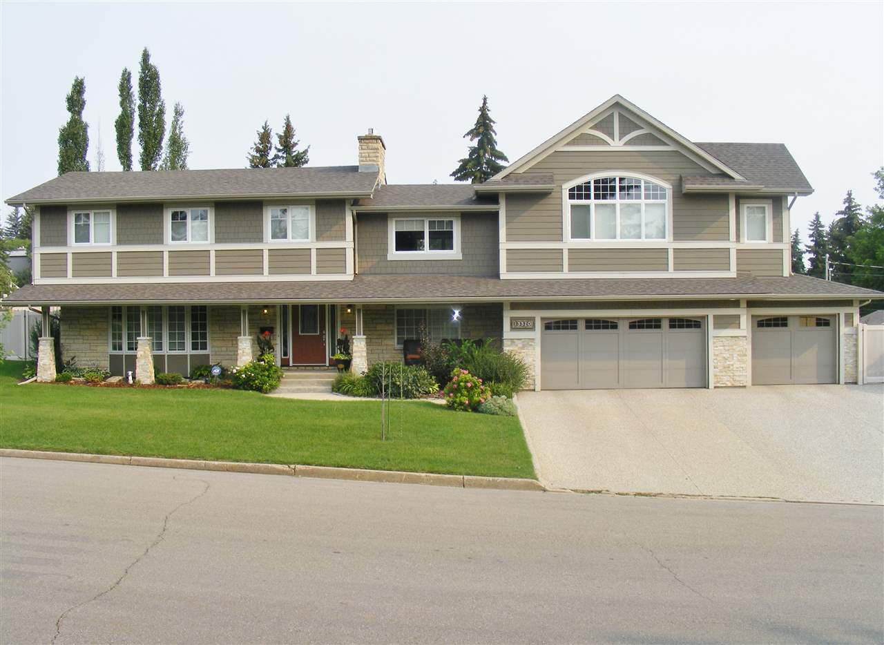 Main Photo: 13320 81 Avenue in Edmonton: Zone 10 House for sale : MLS®# E4144307