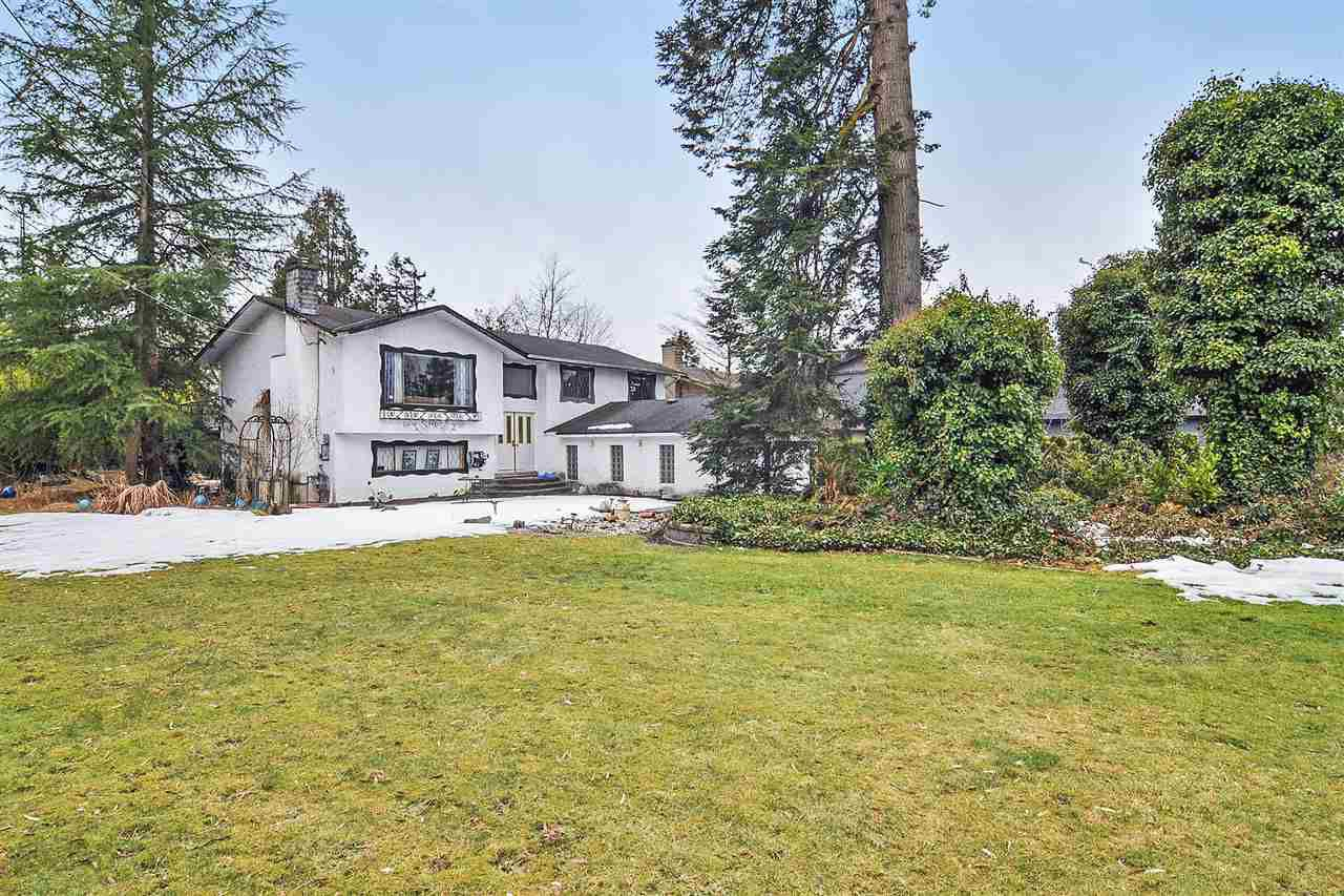 Main Photo: 22874 88 Avenue in Langley: Fort Langley House for sale : MLS®# R2347200