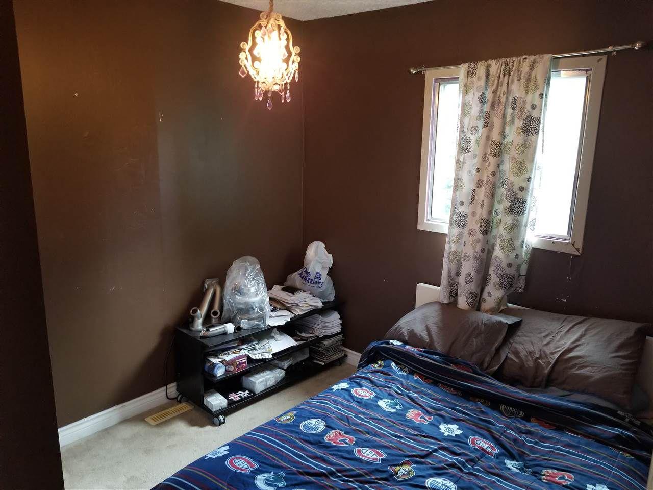 Photo 8: Photos: 9242 152 Street in Edmonton: Zone 22 House for sale : MLS®# E4158939