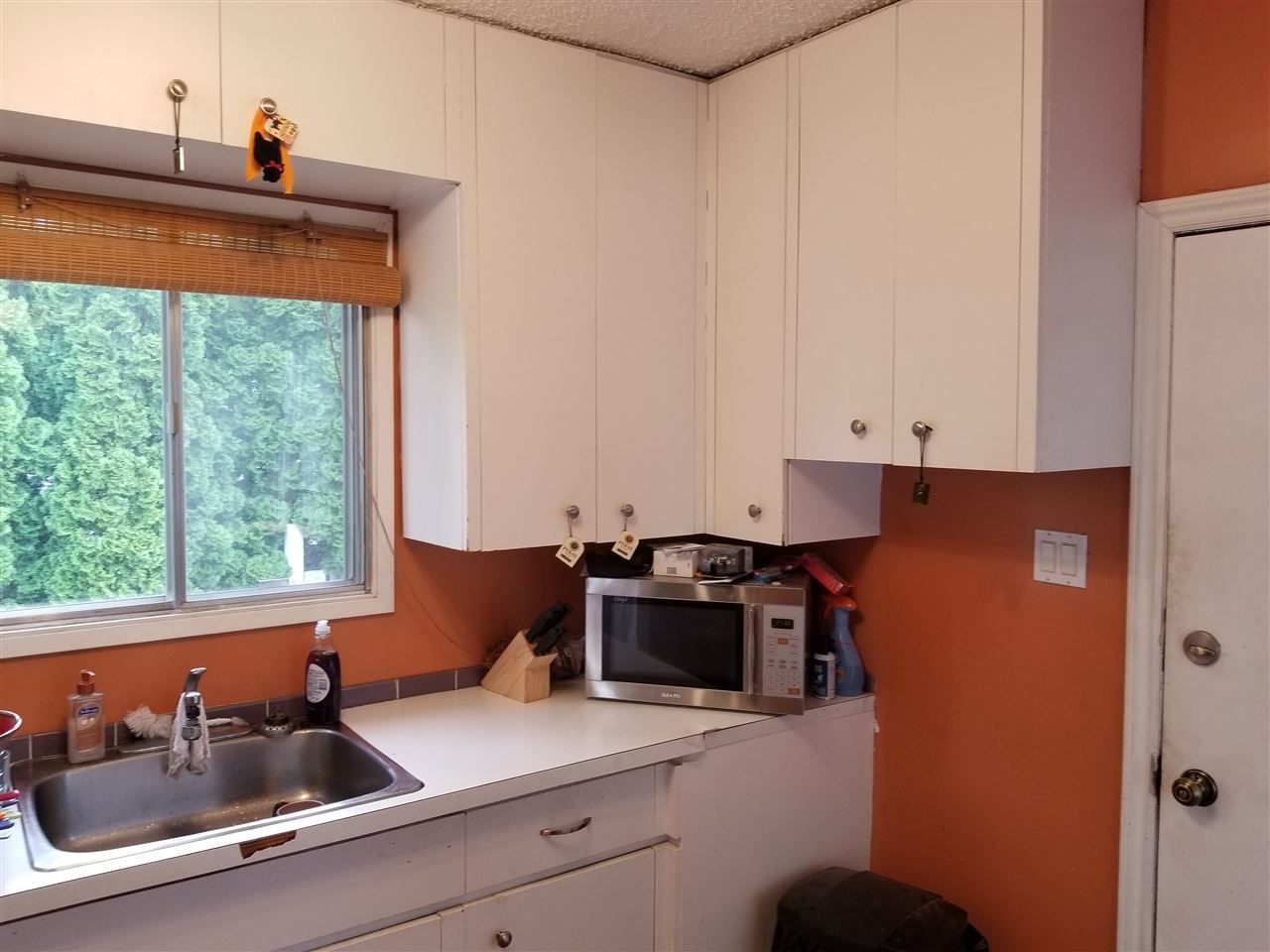 Photo 6: Photos: 9242 152 Street in Edmonton: Zone 22 House for sale : MLS®# E4158939