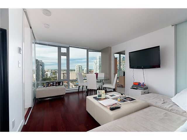 """Main Photo: 1004 1255 SEYMOUR Street in Vancouver: Downtown VW Condo for sale in """"ELAN"""" (Vancouver West)  : MLS®# V890306"""