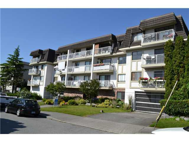 Main Photo: 108 306 W 1ST Street in North Vancouver: Lower Lonsdale Condo for sale : MLS®# V896974