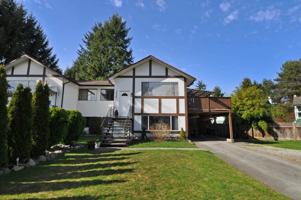 Main Photo: 1075 ELLIS Drive in Port Coquitlam: Birchland Manor House 1/2 Duplex for sale : MLS®# V1052021
