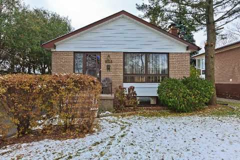 Main Photo: 1282 Kelly Road in Mississauga: Clarkson House (Bungalow) for sale : MLS®# W3069943