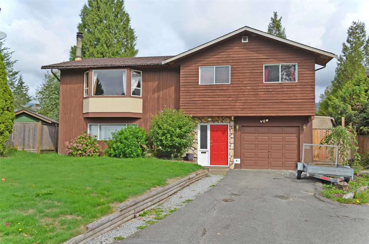 Main Photo: 3966 VICTORIA Place in PORT COQ: Oxford Heights House for sale (Port Coquitlam)  : MLS®# R2000336