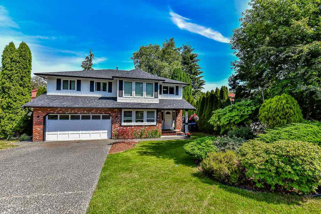 Main Photo: 15311 28 Avenue in Surrey: King George Corridor House for sale (South Surrey White Rock)  : MLS®# R2075841