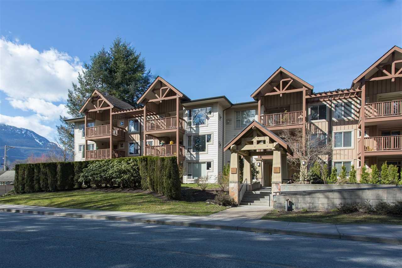"""Main Photo: 107 2323 MAMQUAM Road in Squamish: Garibaldi Highlands Condo for sale in """"Symphony"""" : MLS®# R2152697"""
