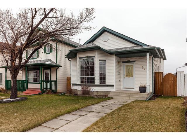 Main Photo: 154 HIDDEN Way NW in Calgary: Hidden Valley House for sale : MLS®# C4112923