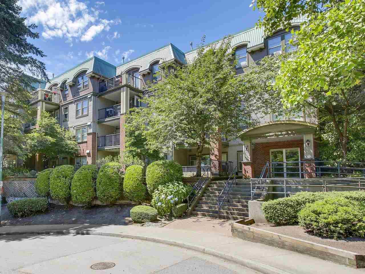 Main Photo: 304 1591 BOOTH Avenue in Coquitlam: Maillardville Condo for sale : MLS®# R2188990