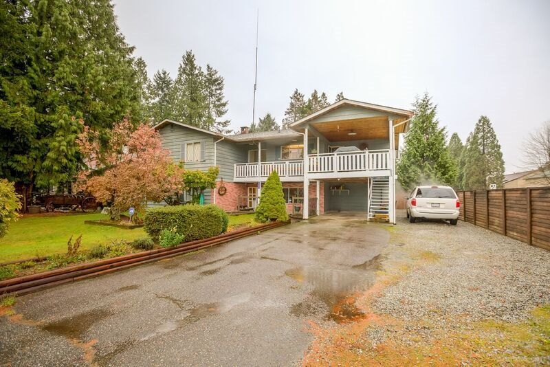 Main Photo: 19306 120B Avenue in Pitt Meadows: Central Meadows House for sale : MLS®# R2223714