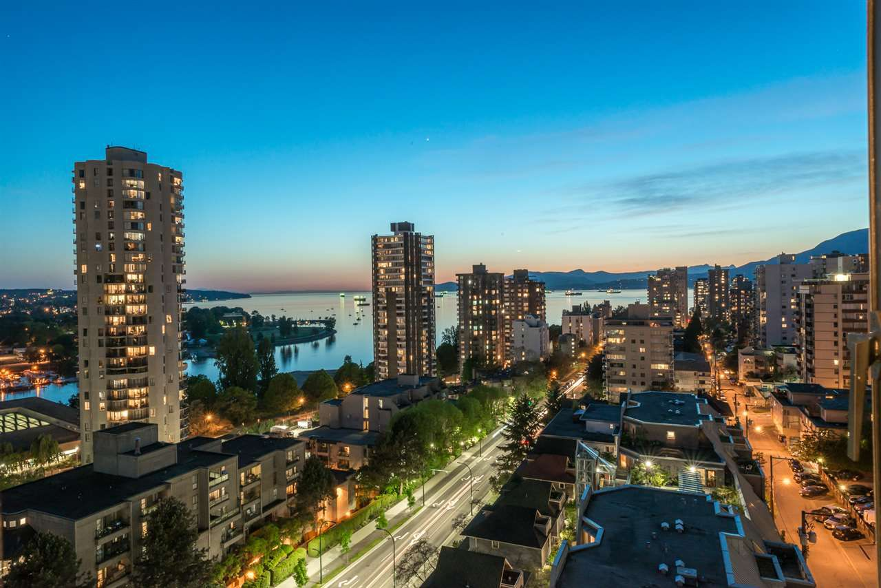 """Main Photo: 1606 1003 PACIFIC Street in Vancouver: West End VW Condo for sale in """"Seastar"""" (Vancouver West)  : MLS®# R2269056"""