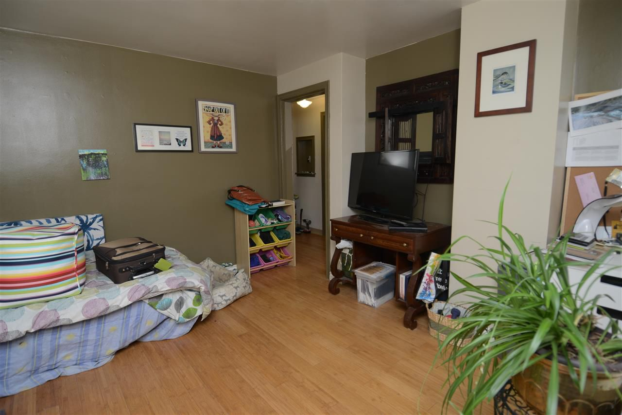 Photo 3: Photos: 11825 55 Street in Edmonton: Zone 06 House for sale : MLS®# E4124275