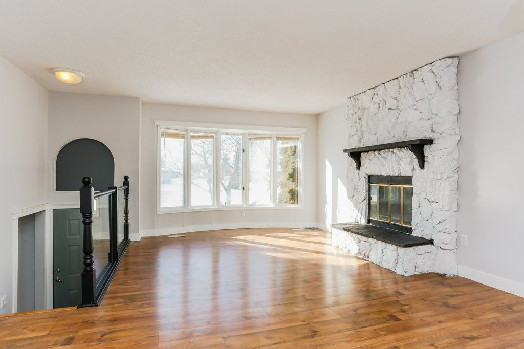 Main Photo: 5928 11 Avenue in Edmonton: Zone 29 House for sale : MLS®# E4147332