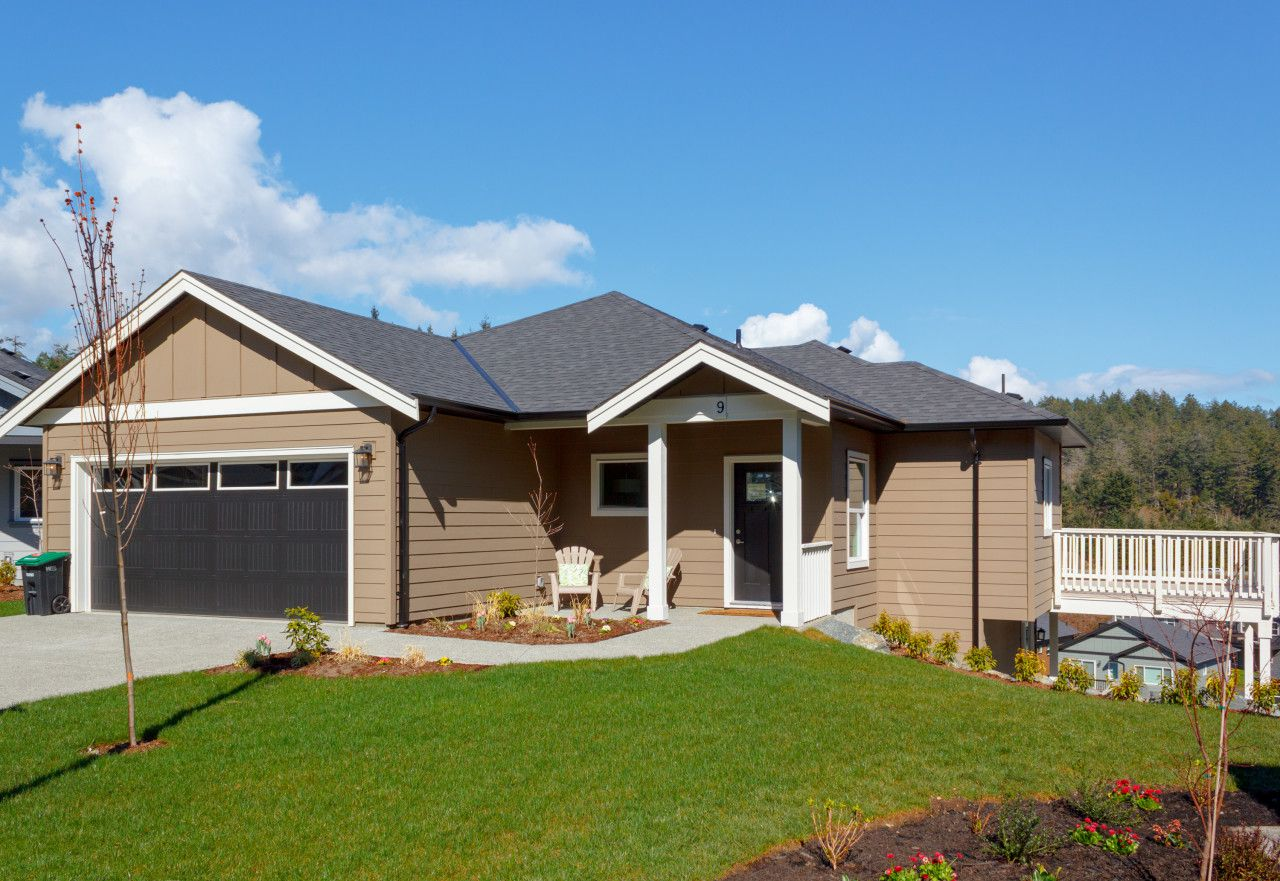 Main Photo: 9 Pitt Place in : VR Six Mile Single Family Detached for sale (View Royal)  : MLS®# 407269