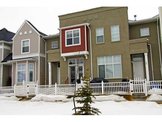 Main Photo: 121 MCKENZIE TOWNE Gate SE in CALGARY: McKenzie Towne Townhouse for sale (Calgary)  : MLS®# C3465958