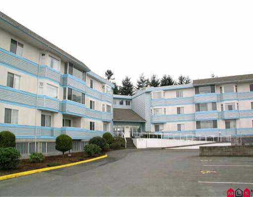 """Main Photo: 108 7175 134TH ST in Surrey: West Newton Condo for sale in """"SHERWOOD MANOR"""" : MLS®# F2609957"""
