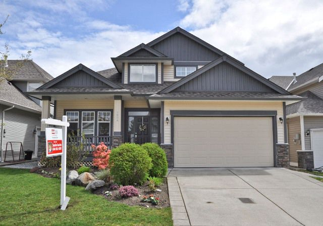 Main Photo: 7064 196A Street in Langley: Willoughby House for sale : MLS®# F1110699