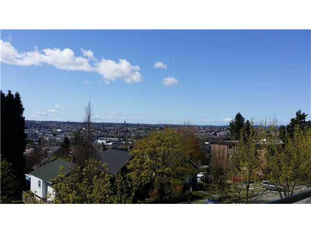 """Main Photo: 3934 HASTINGS Street in Burnaby: Willingdon Heights Townhouse for sale in """"INGLETON PLACE"""" (Burnaby North)  : MLS®# V1055876"""