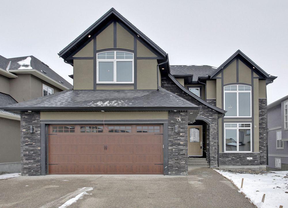 Main Photo: 232 Kinniburg Circle Chestermere in Alberta: 2 Storey for sale : MLS®# C4003441
