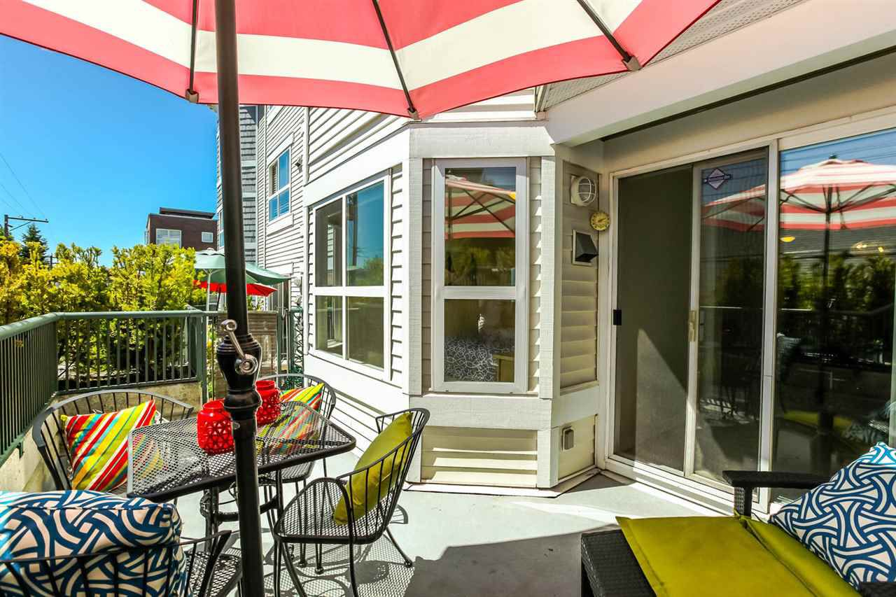 """Main Photo: 203 2680 W 4TH Avenue in Vancouver: Kitsilano Condo for sale in """"The Star of Kits"""" (Vancouver West)  : MLS®# R2183873"""