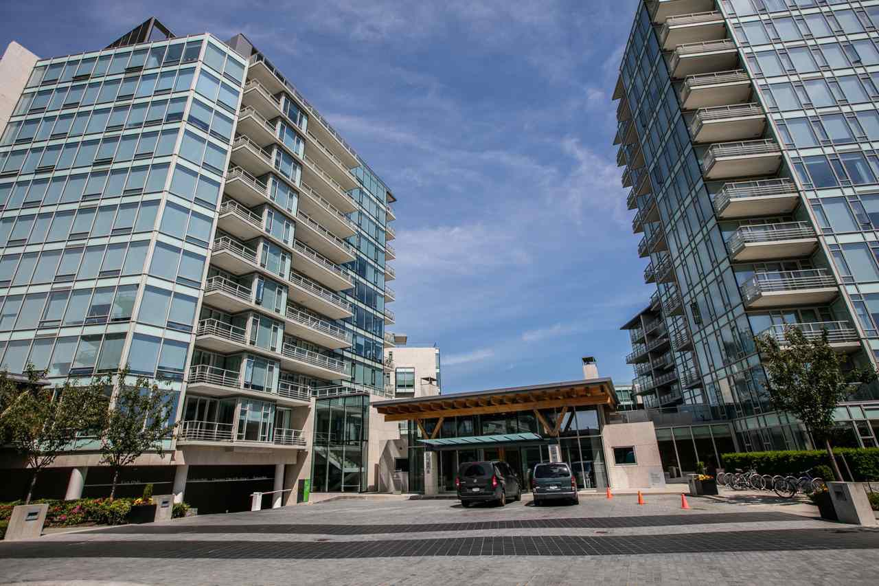 Main Photo: 904 5171 BRIGHOUSE Way in Richmond: Brighouse Condo for sale : MLS®# R2185083