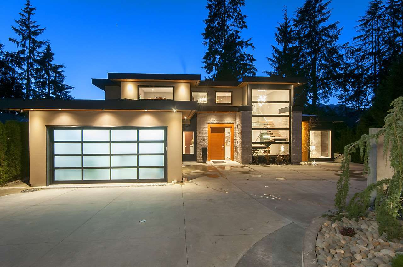 Main Photo: 4697 RANGER AVENUE in North Vancouver: Canyon Heights NV House for sale : MLS®# R2203009