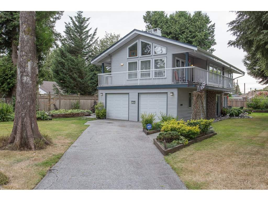 Main Photo: 11653 MORRIS Street in Maple Ridge: West Central House for sale : MLS®# R2208216