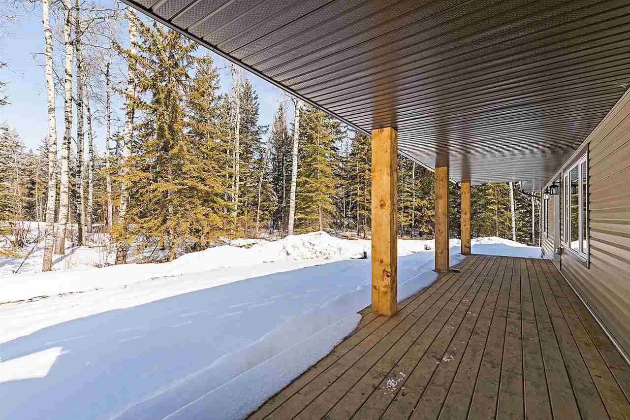 Main Photo: 304 55504 RR 13 Tree Farm Estates: Rural Lac Ste. Anne County House for sale : MLS®# E4101661