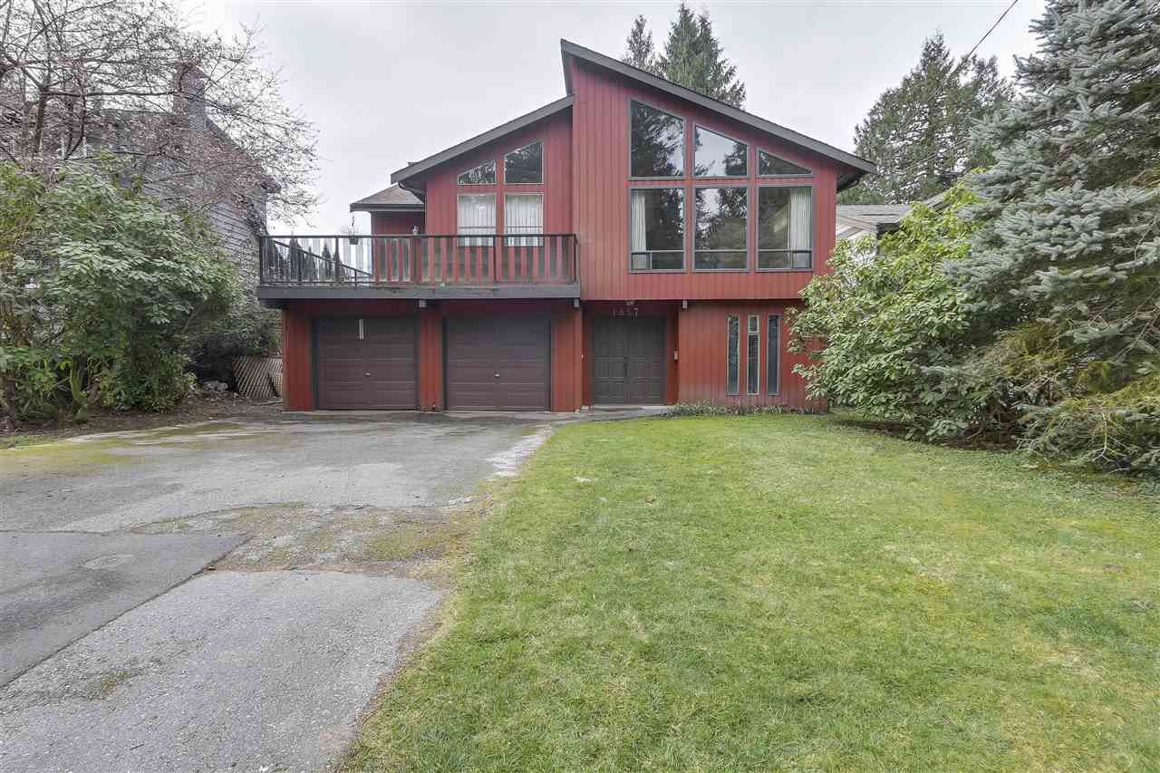 Located on a quiet street with a cul de sac that leads to Lynn Valley Canyon Park.