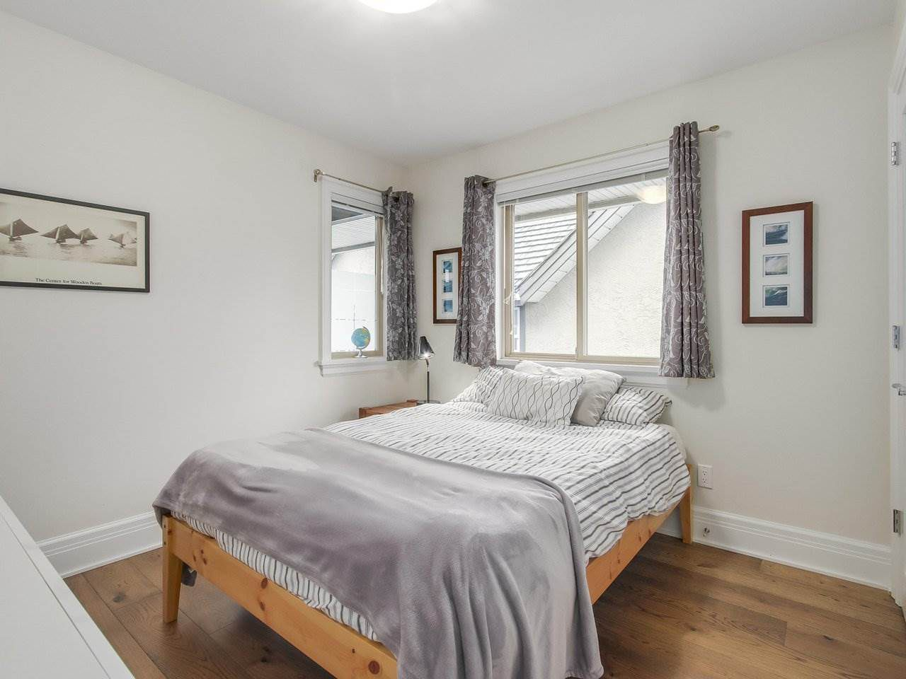 """Photo 10: Photos: 4 249 W 16TH Street in North Vancouver: Central Lonsdale House 1/2 Duplex for sale in """"THE WEST"""" : MLS®# R2262955"""