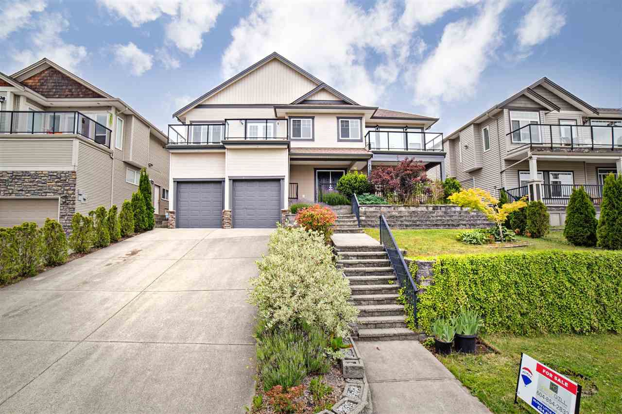 "Main Photo: 33793 GREWALL Crescent in Mission: Mission BC House for sale in ""College Heights"" : MLS®# R2279586"