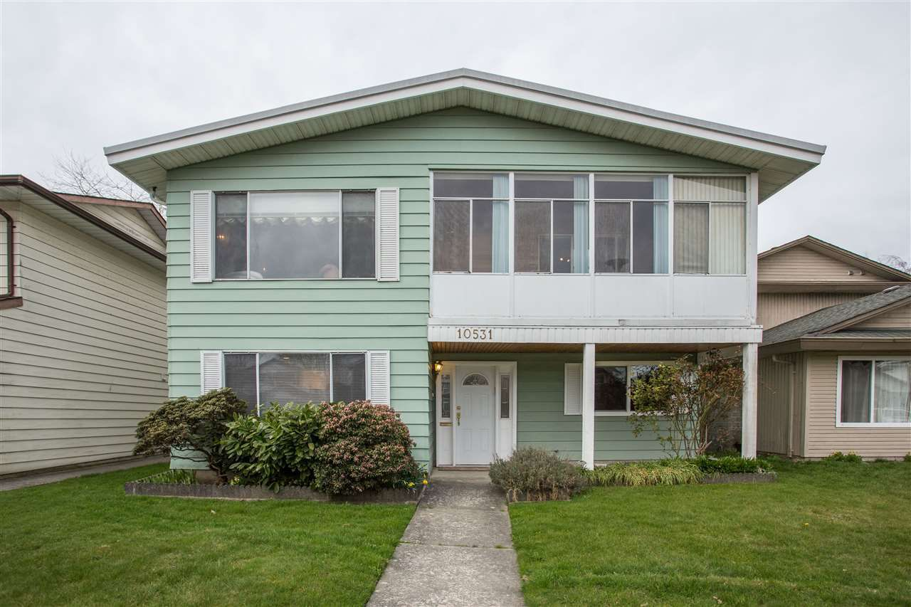 Main Photo: 10531 HOLLYMOUNT Drive in Richmond: Steveston North House for sale : MLS®# R2352261
